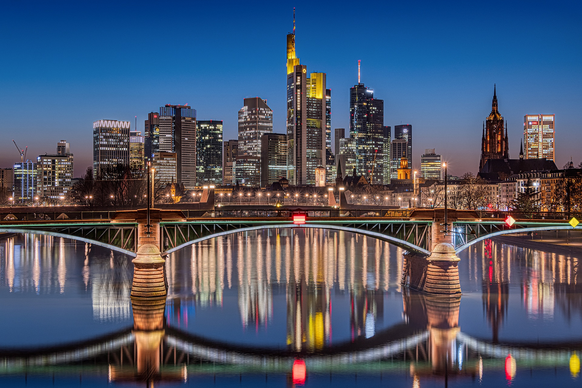 Single frankfurt am main